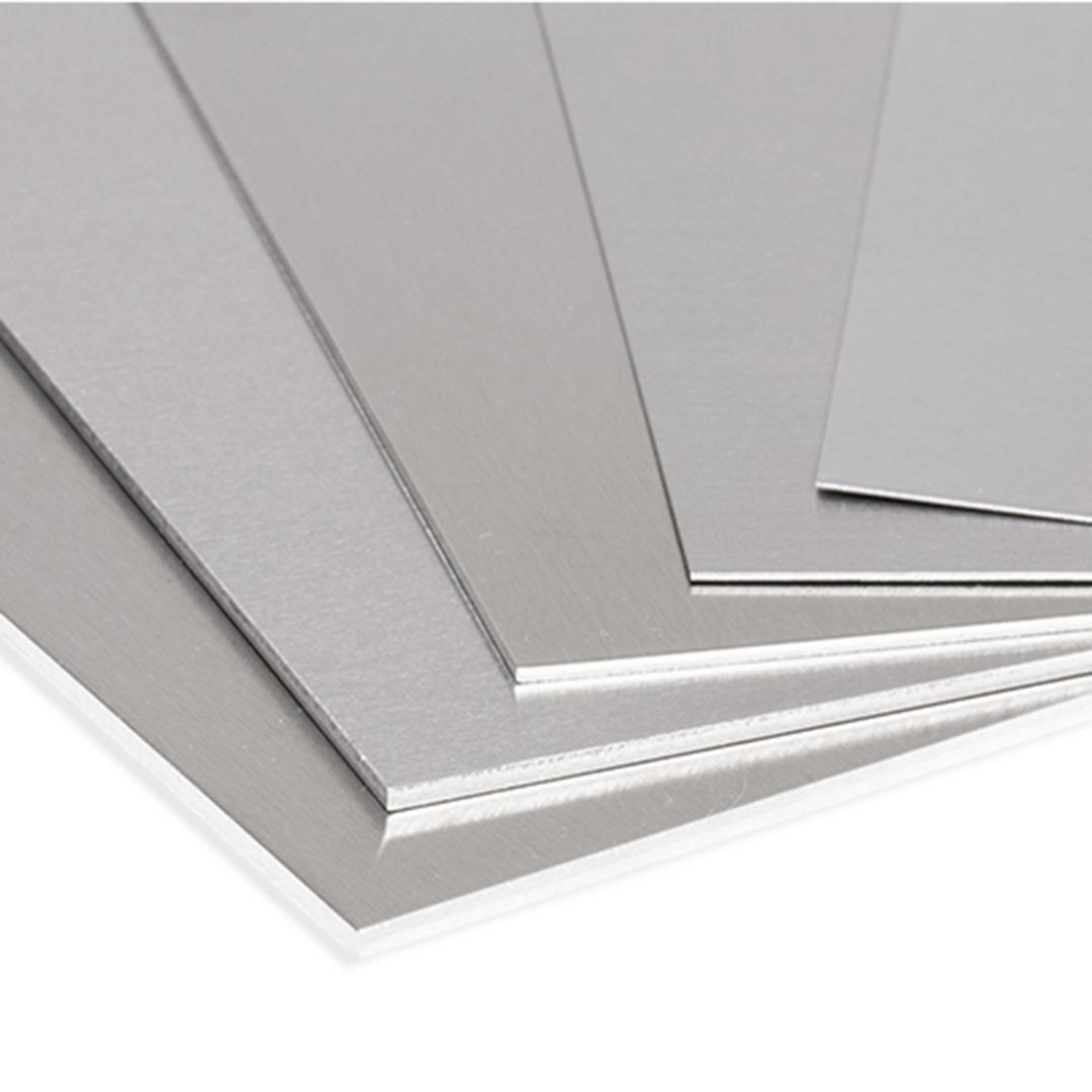 Cartón Pluma Blanco con Aluminio